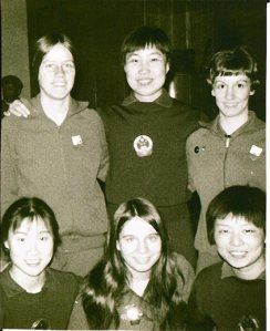 A 23-year old Connie Sweeris (above, right) and her fellow teammates Olga Soltesez (above, left) and Judy Hoarfrost (below, center) pose with members of the Chinese table tennis team in April, 1971.Courtesy of Connie Sweeris.  (From Smithsonianmag.com)